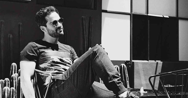 Hombre de estilo: Alfonso Herrera (InStyle México)
