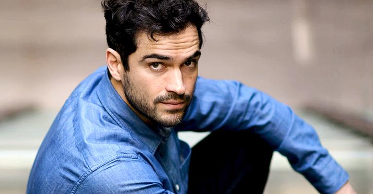 Alfonso Herrera em intensa entrevista – Vanity Fair México